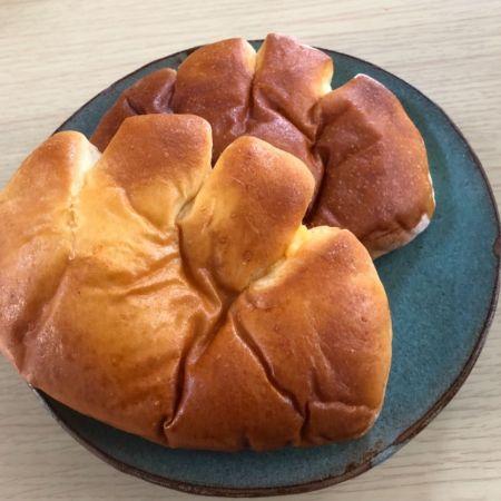 パン クリーム 亀井 堂